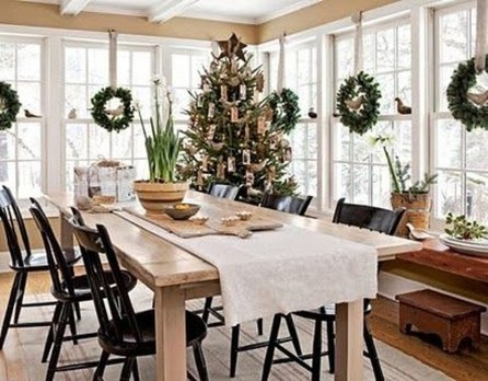 Beautiful Christmas Dining Room Decor Ideas Should You Apply This Winter 06