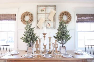 Beautiful Christmas Dining Room Decor Ideas Should You Apply This Winter 11