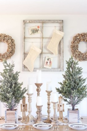 Beautiful Christmas Dining Room Decor Ideas Should You Apply This Winter 44