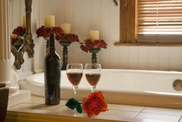 Beautiful Romantic Bathroom Decorations 16