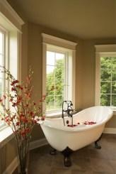 Beautiful Romantic Bathroom Decorations 18