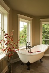 Beautiful Romantic Bathroom Decorations 18