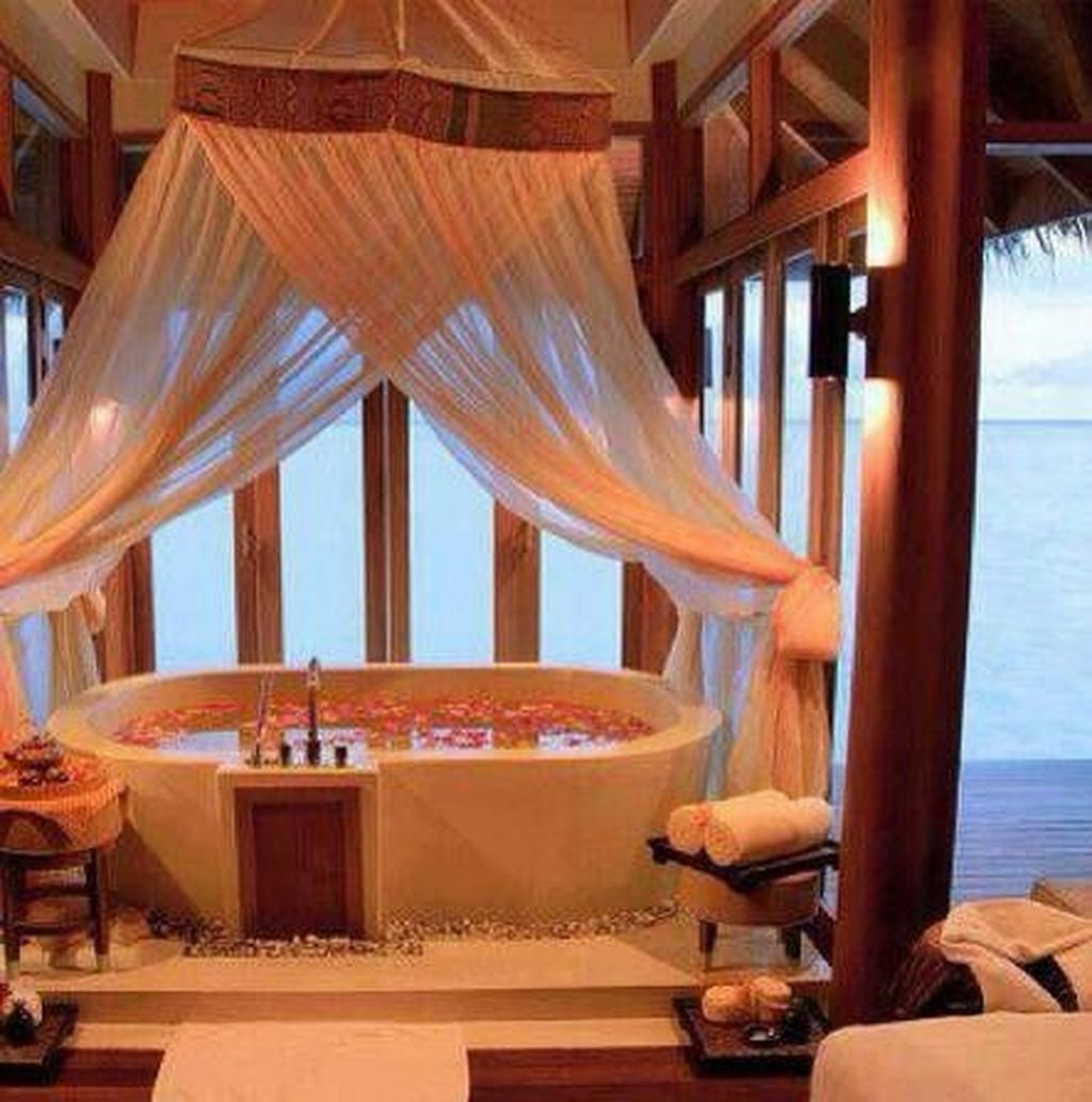 Beautiful Romantic Bathroom Decorations 26