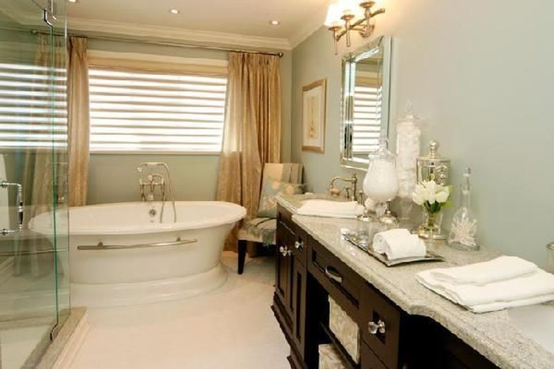 Beautiful Romantic Bathroom Decorations 29