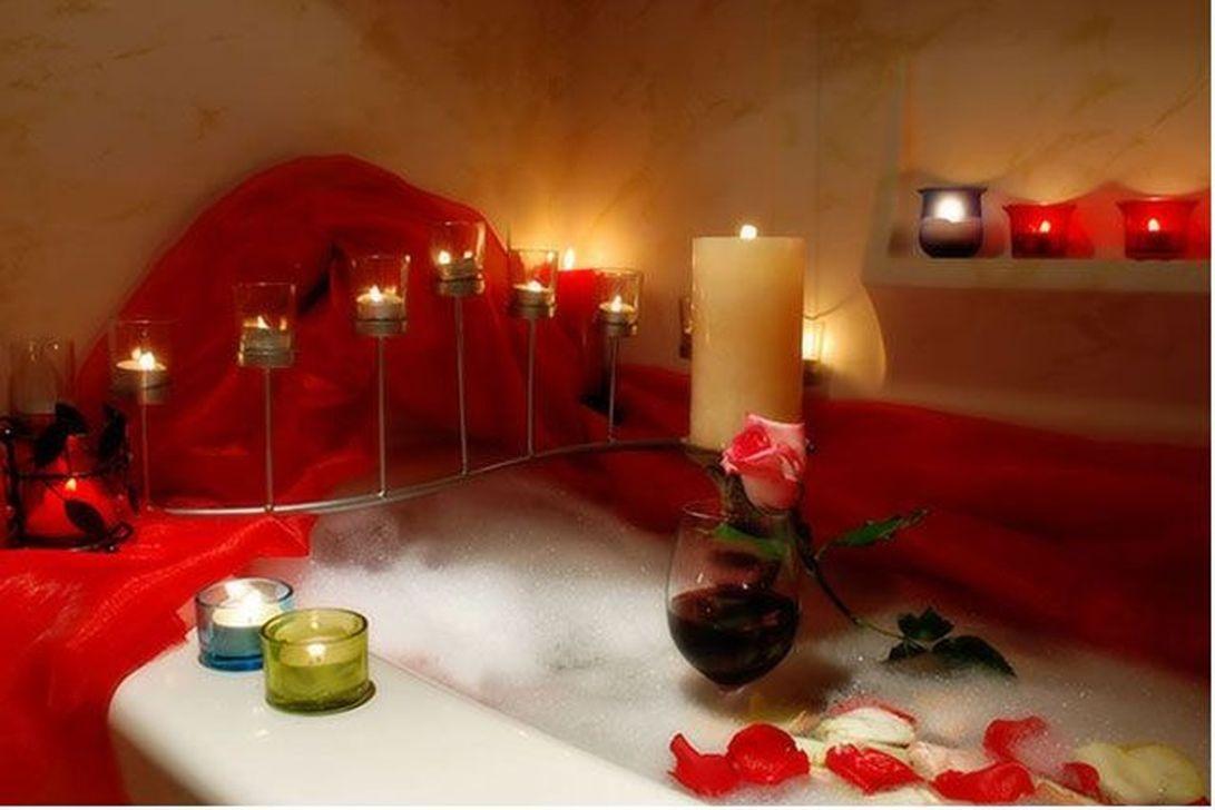 Beautiful Romantic Bathroom Decorations 33