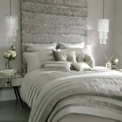 Beautiful White Bedroom Design Ideas 17