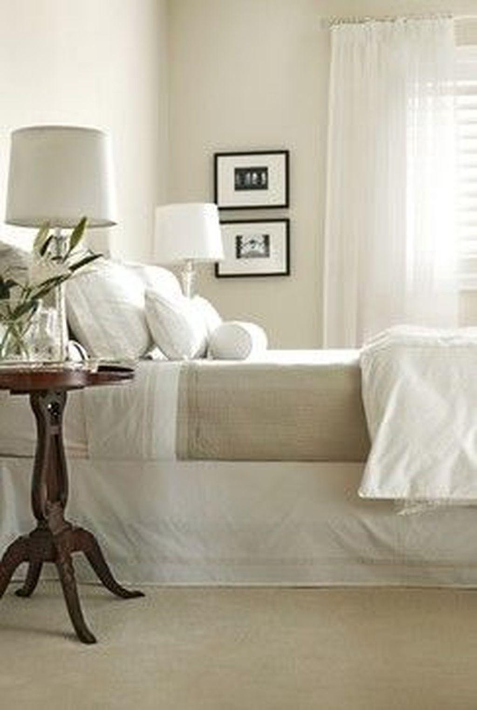 Beautiful White Bedroom Design Ideas 19