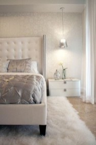 Beautiful White Bedroom Design Ideas 29