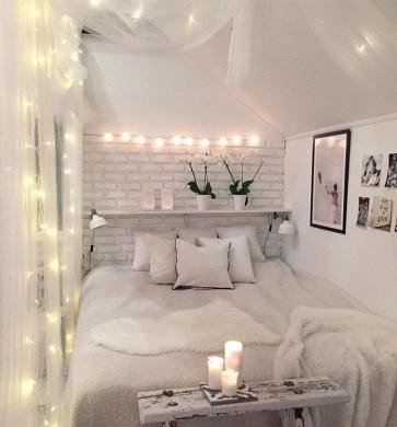 Beautiful White Bedroom Design Ideas 39