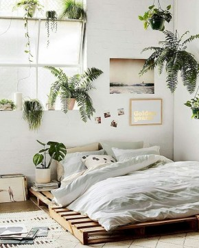 Make Your Bedroom More Romantic With These Romantic Bedroom Decorations 16