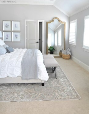 Make Your Bedroom More Romantic With These Romantic Bedroom Decorations 37
