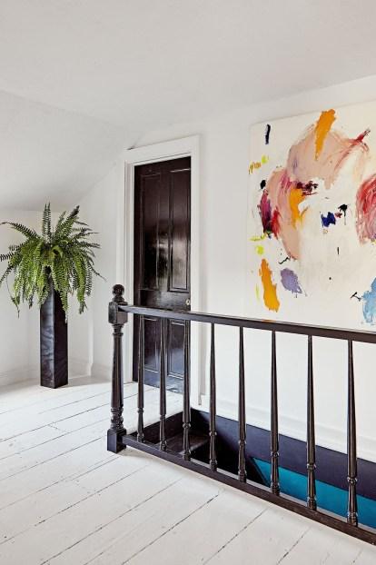 Modern Minimalist House Design In Black And White Color Scheme 47