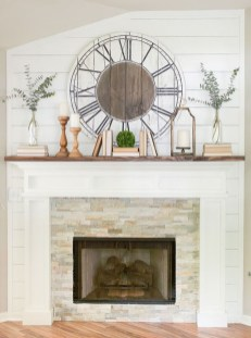 Nice Mantel Decorations Best For Winter 11