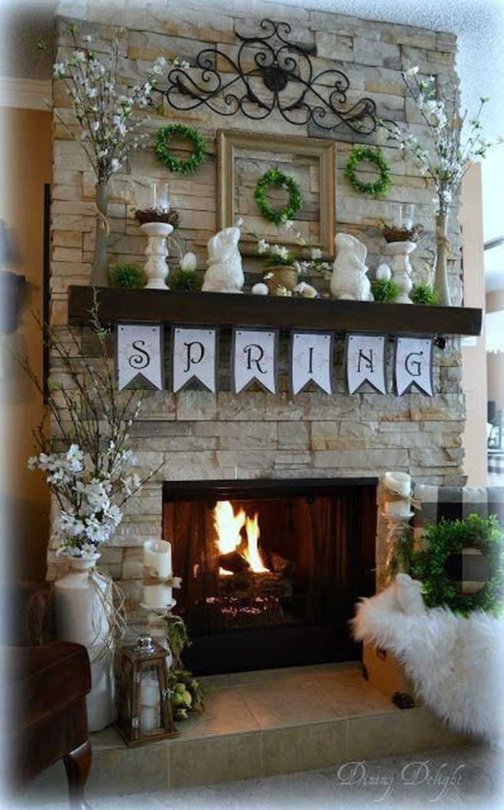 Nice Mantel Decorations Best For Winter 17