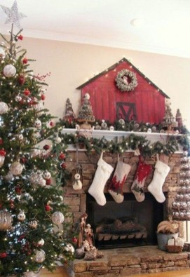 Nice Mantel Decorations Best For Winter 25