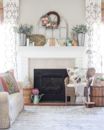 Nice Mantel Decorations Best For Winter 39