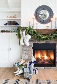 Nice Mantel Decorations Best For Winter 49