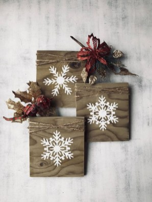 Perfect Ideas To Have Great Vintage Christmas Decoration 30