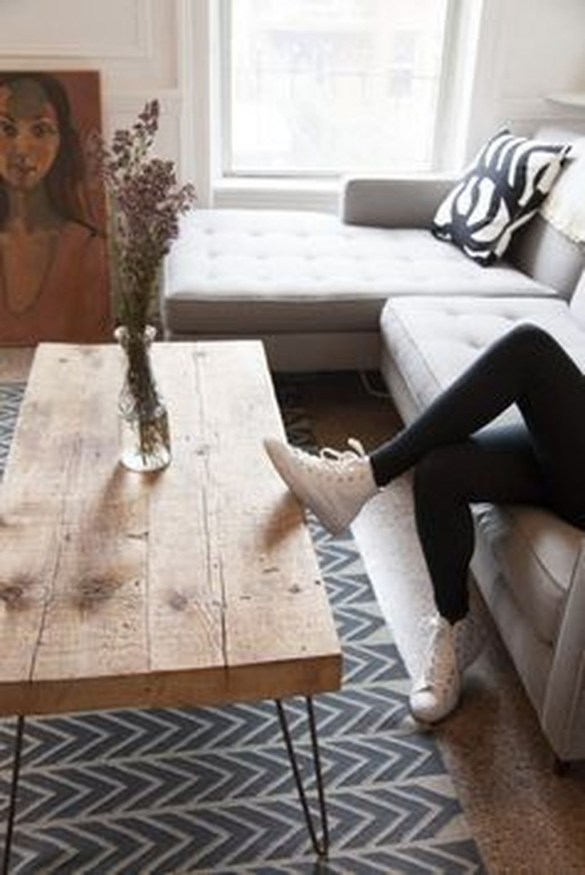 Popular Modern Coffee Table Ideas For Living Room 39