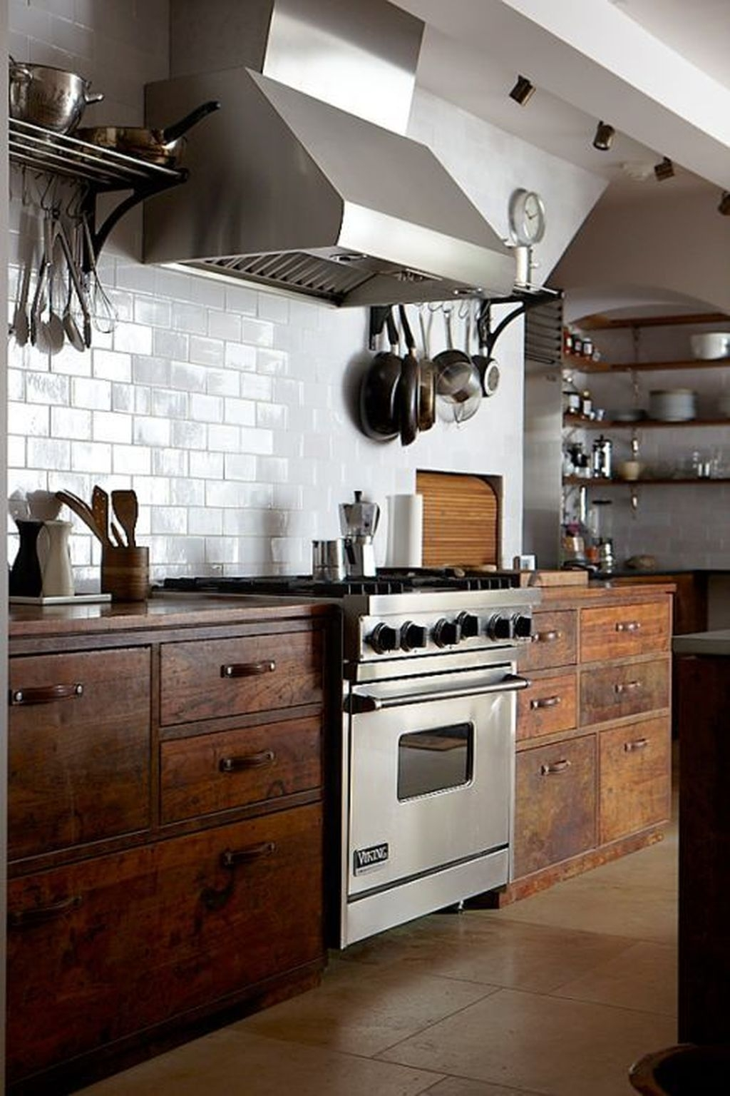 Popular Rustic Kitchen Cabinet Should You Love 11