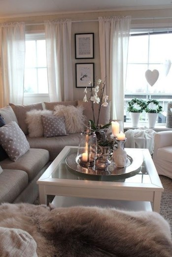 Stunning Romantic Living Room Decor 13