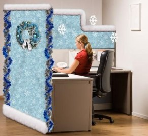 Stunning Winter Office Decorations That You Can Easily Make 06