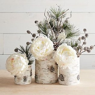 Stunning Winter Office Decorations That You Can Easily Make 49