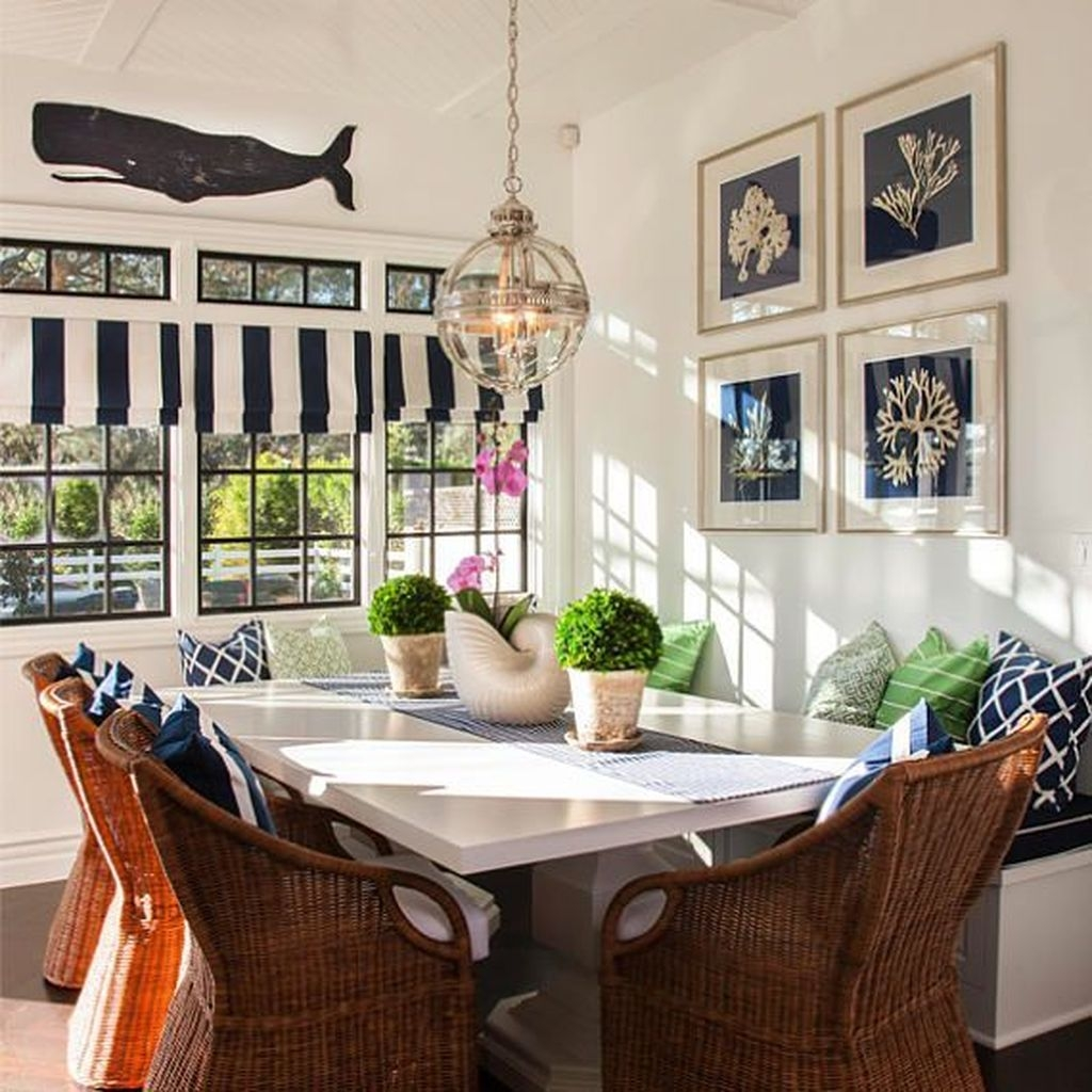 Sweet Romantic Dining Room Decor 04