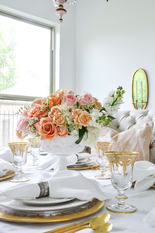 Sweet Romantic Dining Room Decor 13