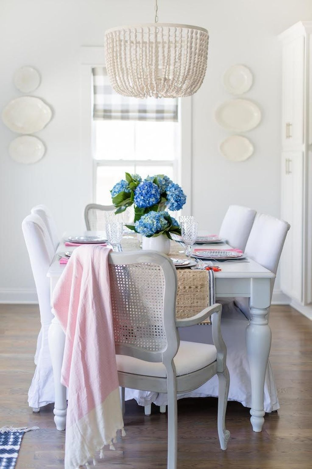 Sweet Romantic Dining Room Decor 30