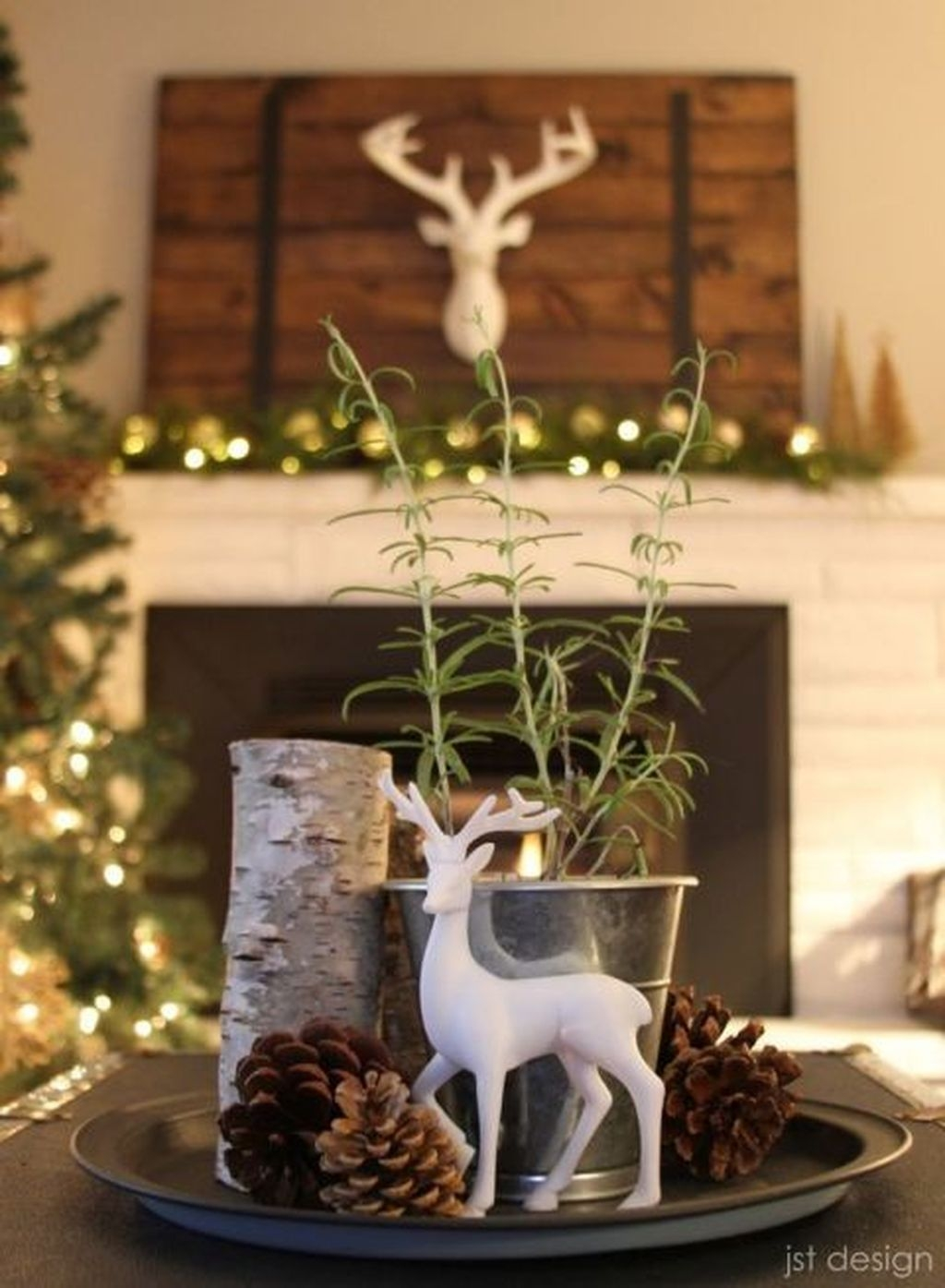 The Best DIY Christmas Centerpiece Decoration For Your Amazing Christmas 04