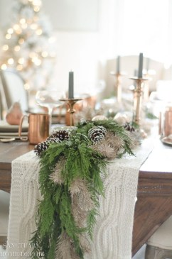 The Best Winter Table Decorations You Need To Try 06