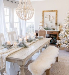 The Best Winter Table Decorations You Need To Try 23