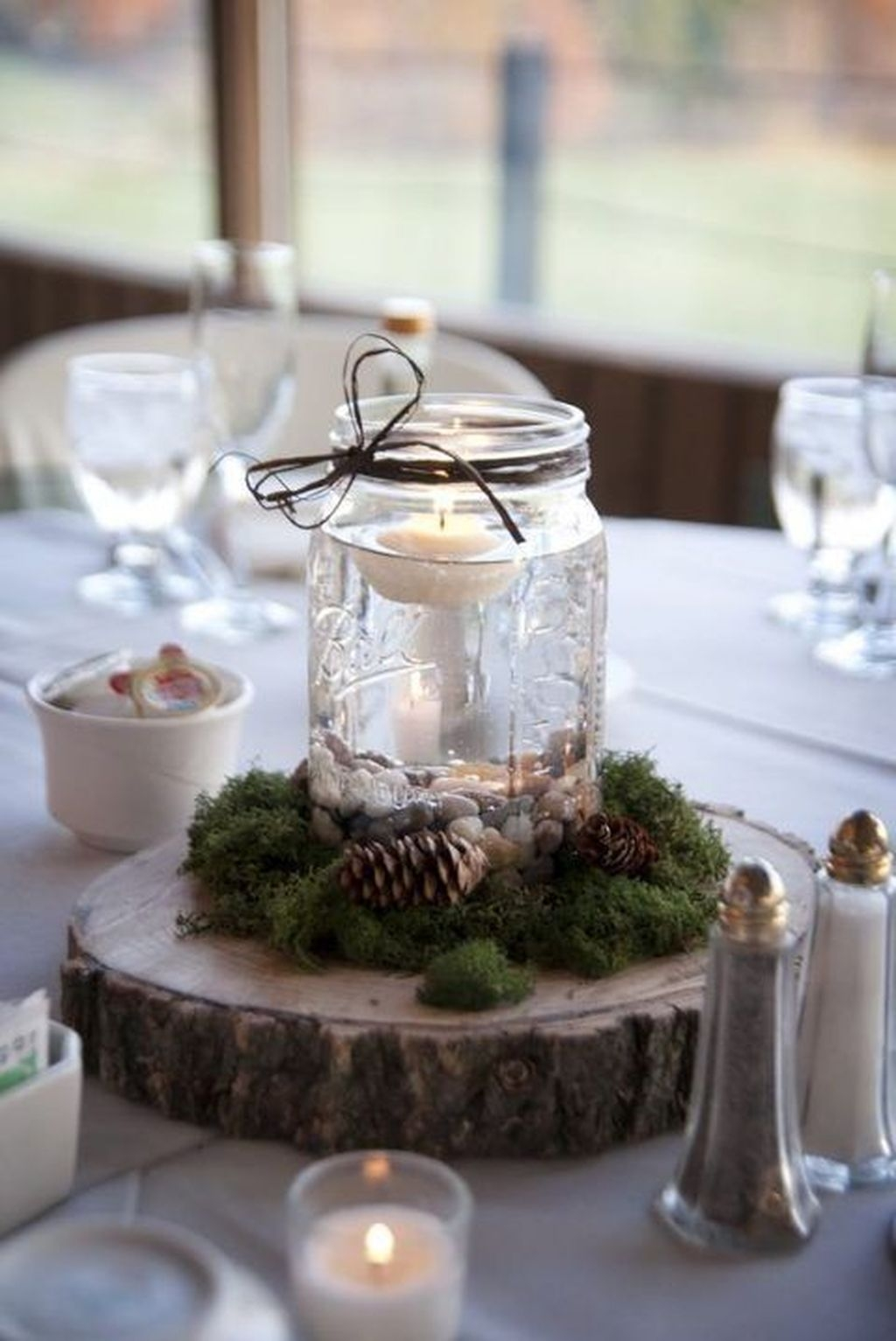 The Best Winter Table Decorations You Need To Try 36