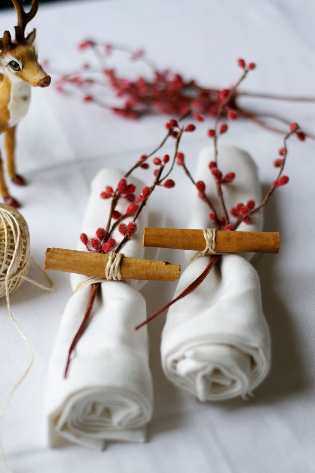 The Best Winter Table Decorations You Need To Try 48