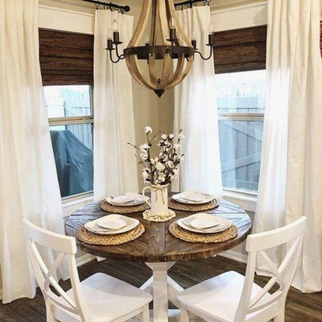 Amazing Rustic Dining Room Design Ideas 26