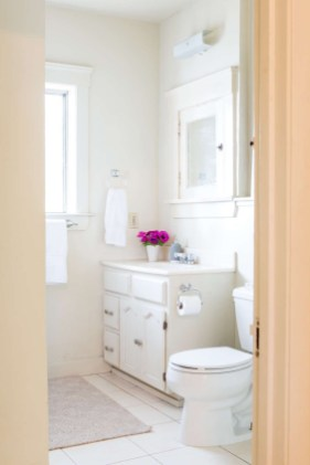 Awesome Hanging Bathroom Storage For Small Spaces 06
