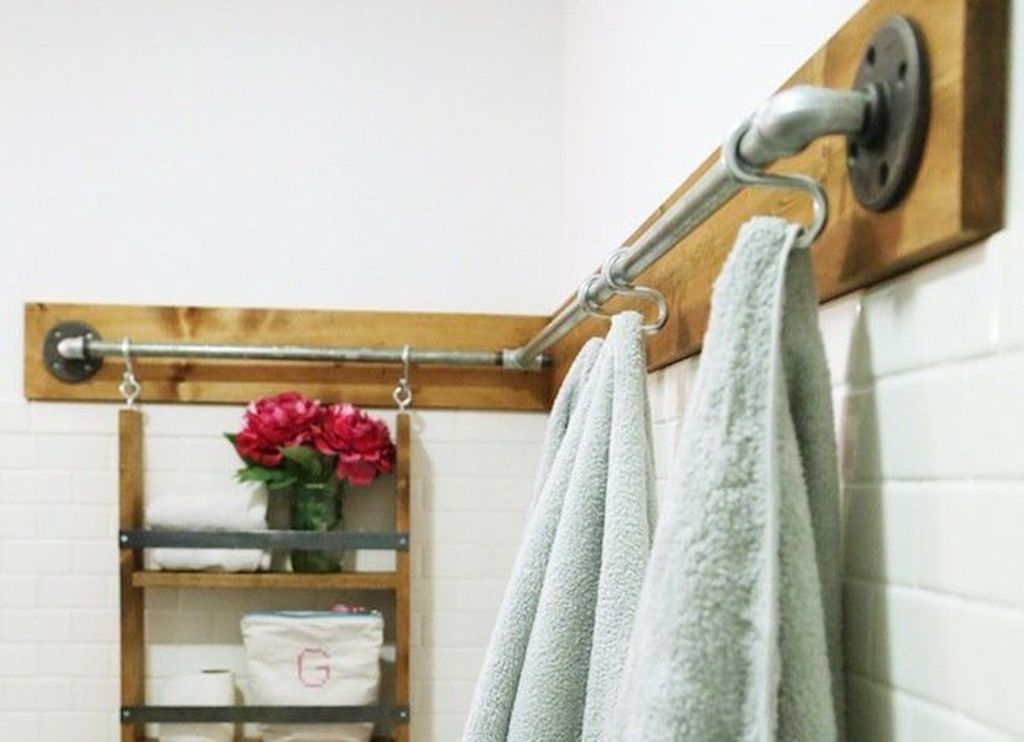 Awesome Hanging Bathroom Storage For Small Spaces 38