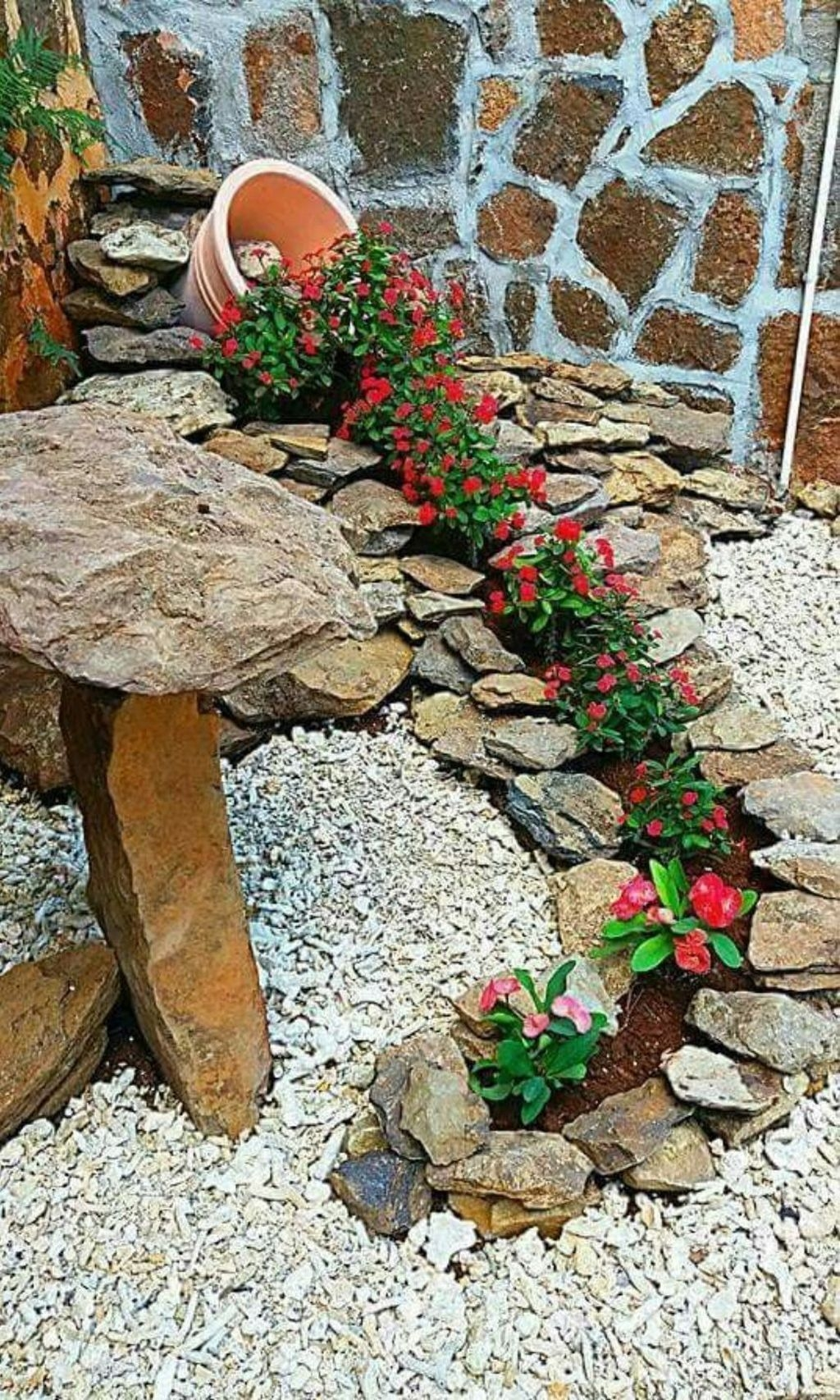 Backyard Landscaping Ideas With Minimum Budget 43