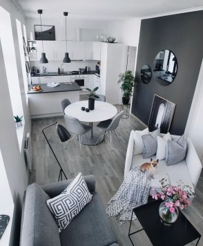 Beautiful Small Space Living Room Decoration Ideas17