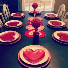 Beautiful Valentines Day Table Decor 21