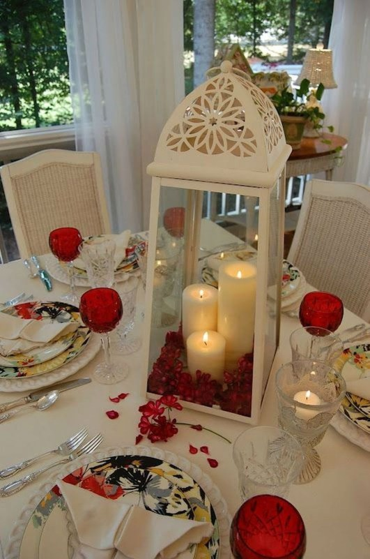 Beautiful Valentines Day Table Decor 36