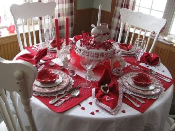 Beautiful Valentines Day Table Decor 41
