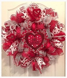 Front Porch Valentines Day Decor With LOVE Word 13