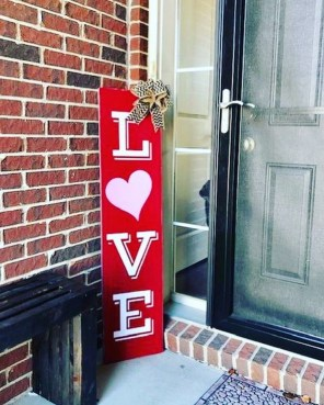 Front Porch Valentines Day Decor With LOVE Word 27