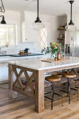 Kitchen Island Design Ideas With Marble Countertops 24