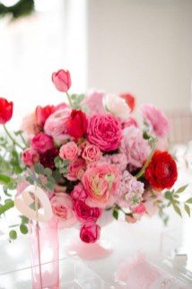 Nice Ideas For Best Valentines Day Centerpieces 29