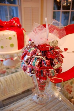 Nice Ideas For Best Valentines Day Centerpieces 43
