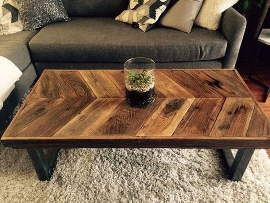 Nice Looking DIY Coffee Table 39