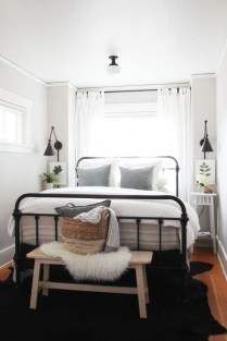 Perfect Small Bedroom Decorations 02